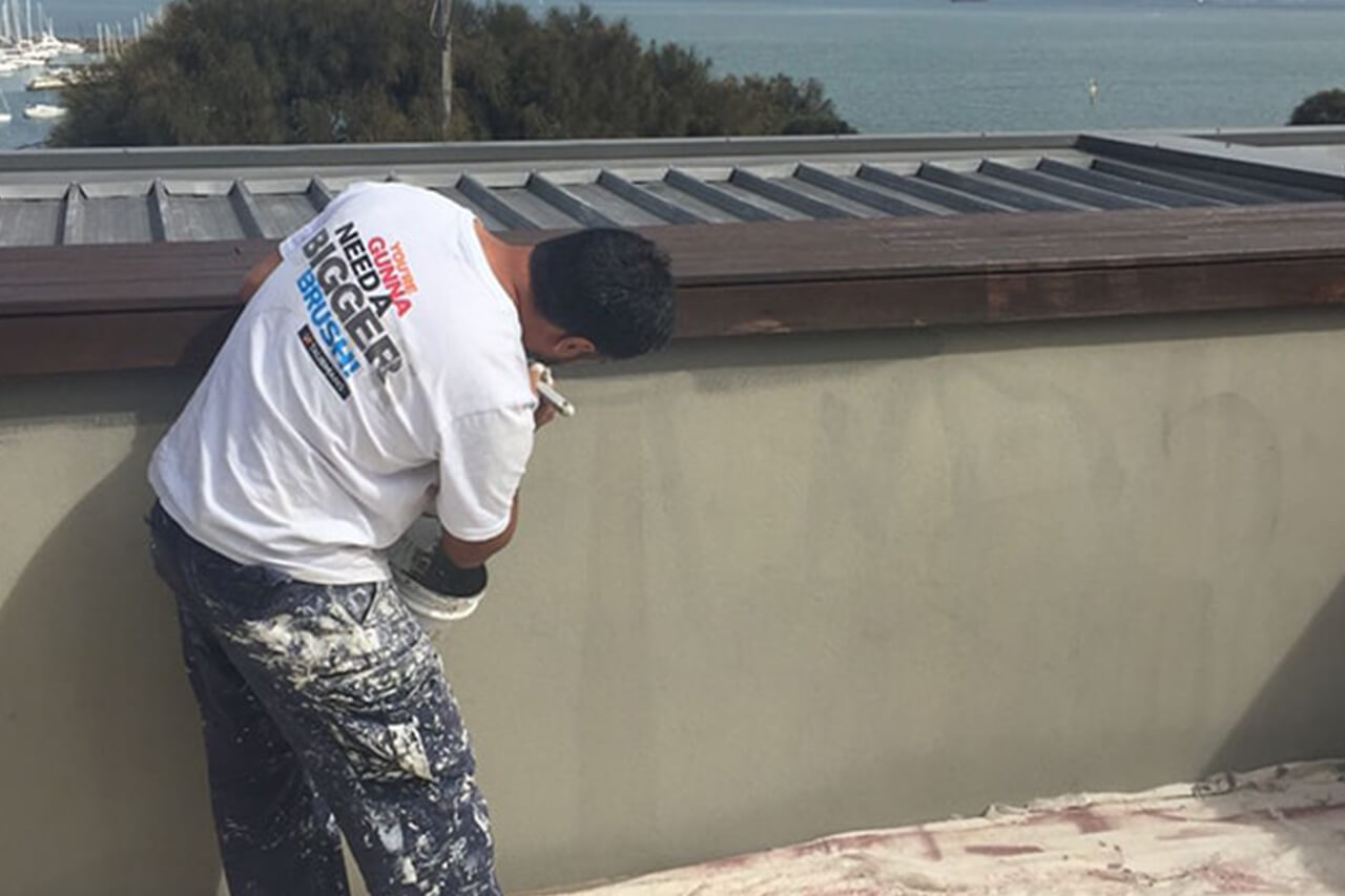 EFFICIENT ROOF CLEANING TIPS 1